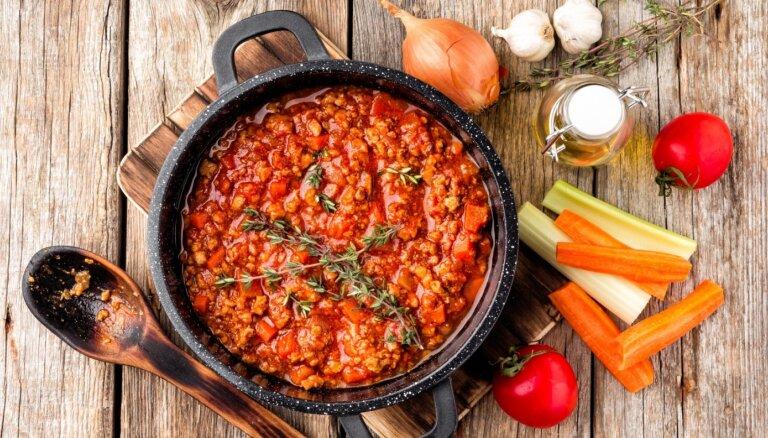 Vakariņas pusstundā! 14 variācijas par maltās gaļas mērces tēmu