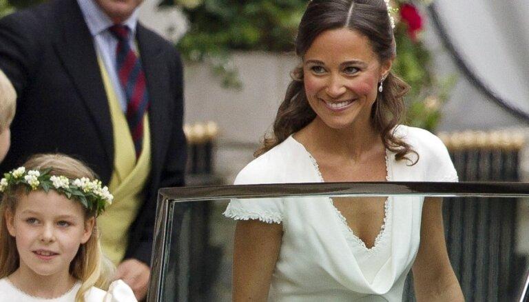 Самая завидная невеста Британии издает книгу