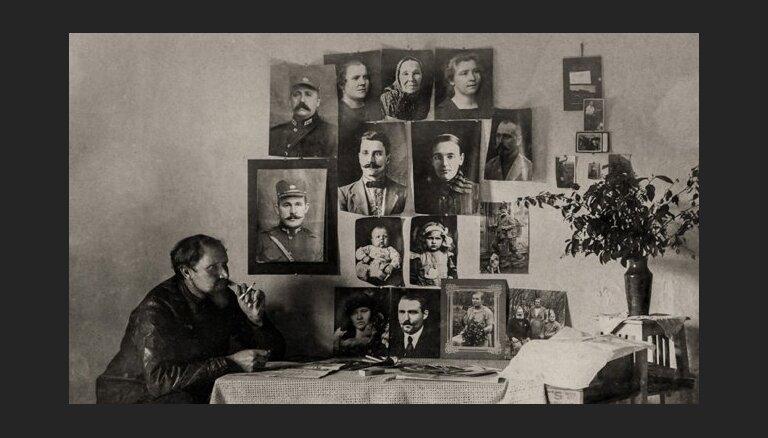 Rīgas Fotomēnesis 2014: Imanta Grosa personālizstāde 'Vintages/Gadagājumi'