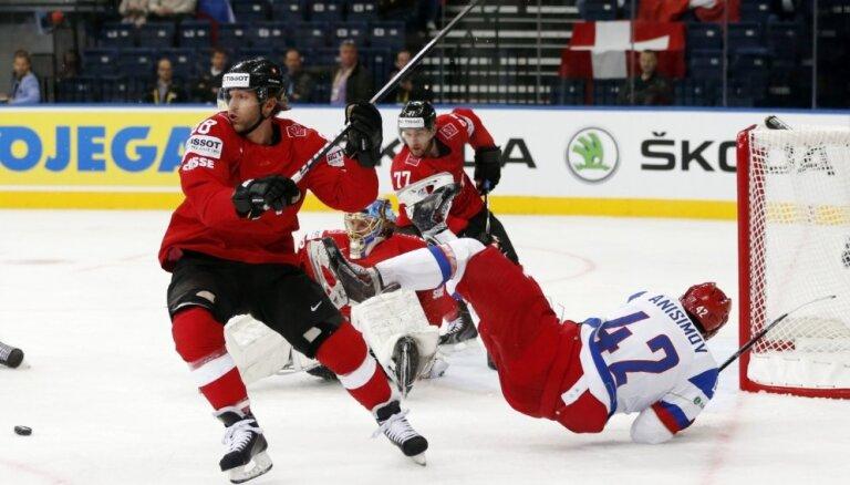 Pasaules hokeja čempionāts noslēdzies vēl diviem spēlētājiem
