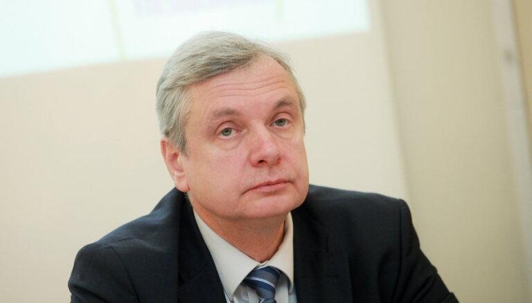 Pēc RPIVA citu augstskolu reorganizācija nav plānota, uzsver Šadurskis