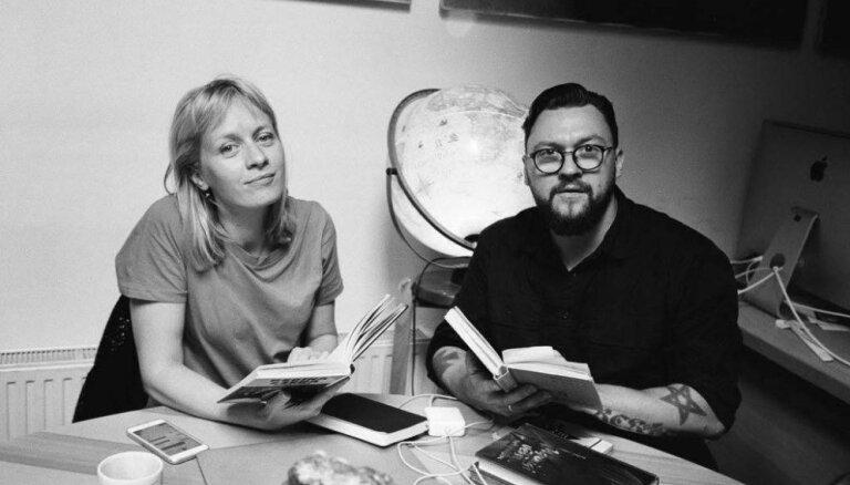 Par dižgariem, obligāto literatūru un mīklaino metinātāju. Atbild Marta Selecka un Gustavs Terzens