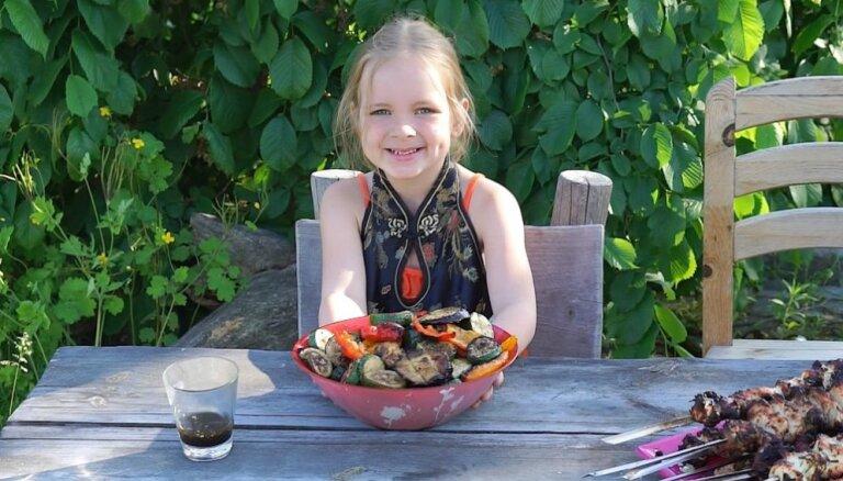 Овощи гриль в гранатовом маринаде