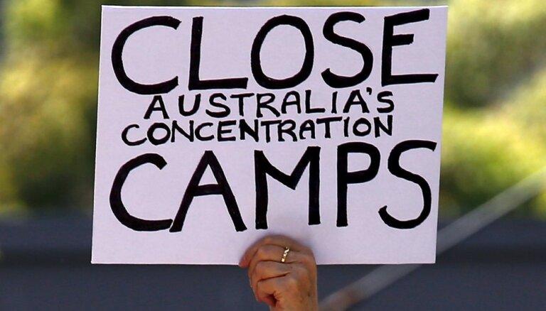 Austrālija paziņo par migrantu centra atkalatvēršanu Ziemassvētku salā