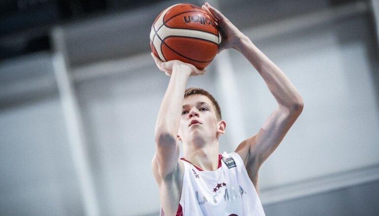 Latvijas U-19 izlasei trieciens pirms Pasaules kausa – savainojuma dēļ nespēlēs Bagatskis