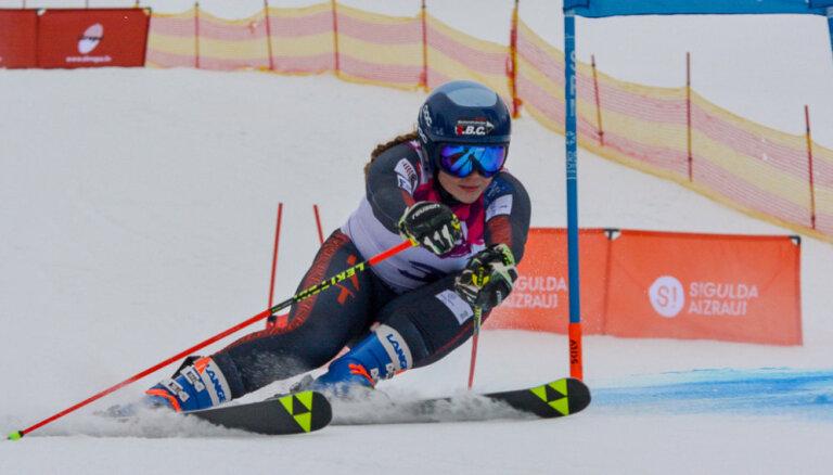 Latvijas kauss kalnu slēpošanā sākas ar Gedra un Āboltiņas uzvarām