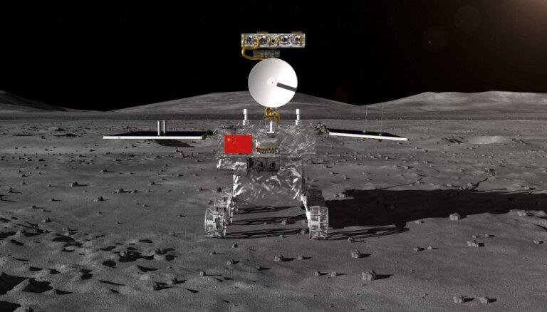 'Chang'e-4': pirmo reizi uz Mēness 'tumšās puses' nosēdināts pašgājējs