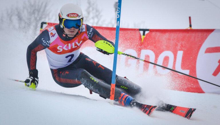 Latvijas kausa pēdējā dienā kalnu slēpošanā uzvar Gasūna un Zvejnieks