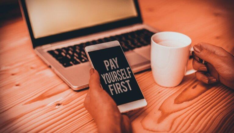 """""""Сначала заплати себе"""". Как научить себя копить, если ты привык жить от зарплаты до зарплаты?"""