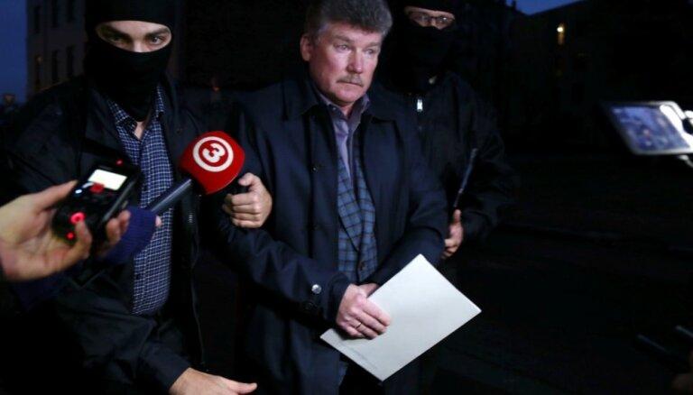 Tiesa apcietina 'Rīgas satiksmes' bijušo šefu Bemhenu