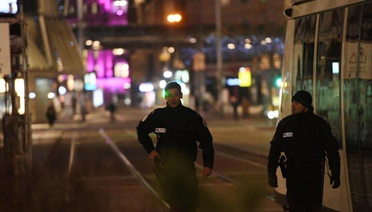 Apšaude Strasbūrā: Daļēji slēgta Eiropas Parlamenta ēkā