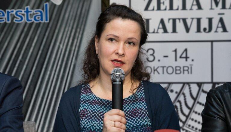 Henrieta Verhoustinska par teātra kritiku un darbu televīzijā