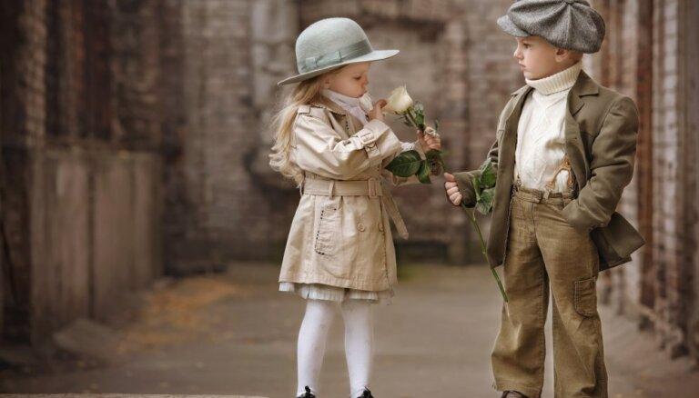 Negalantais kavalieris: par puikām un lūkošanos zem meiteņu svārciņiem