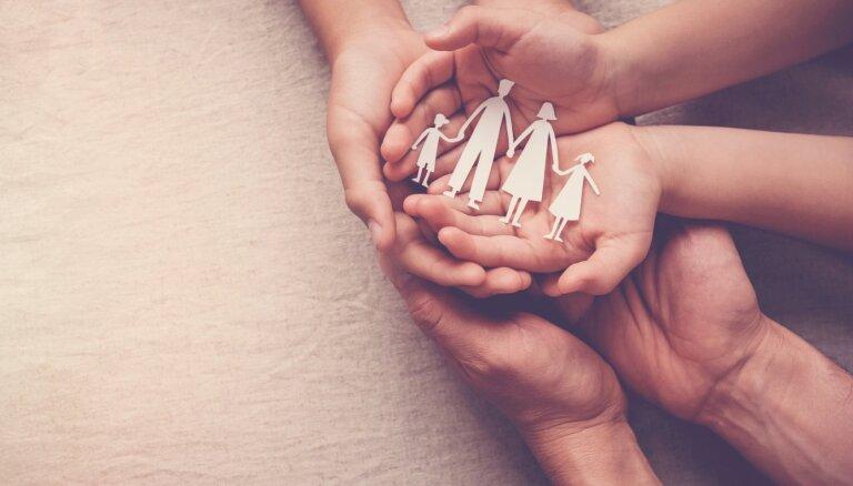 Igaunijas parlaments noraida referendumu par laulības jēdzienu