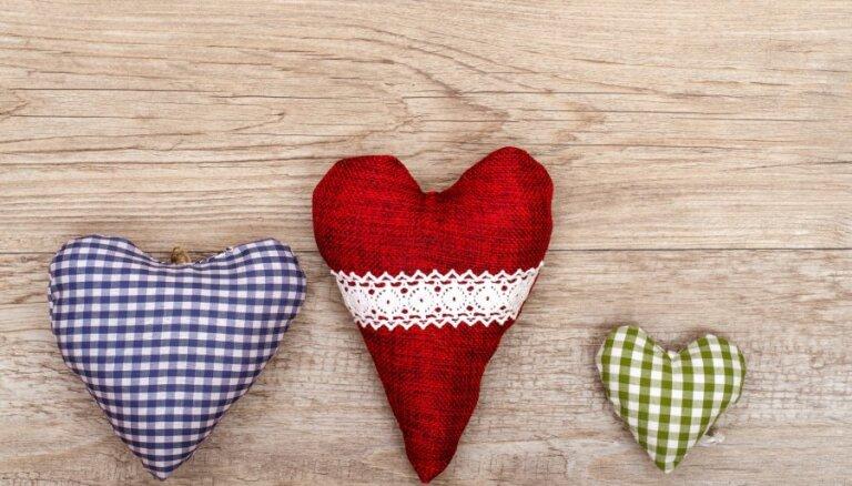 Sākusies Ziemassvētku labdarības akcija 'Sasildīsim sirsniņas'