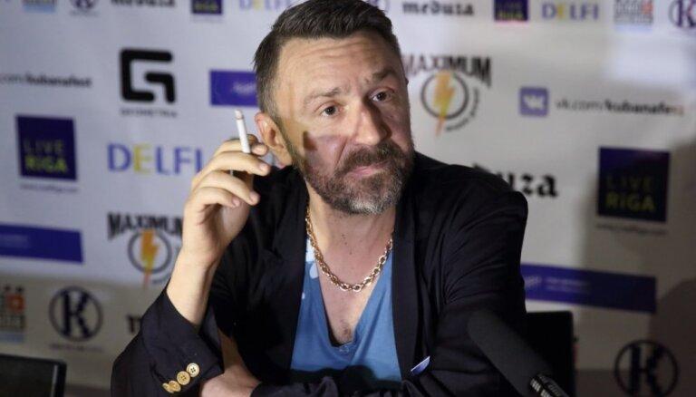 Сергей Шнуров написал стихотворение про футболистов Кокорина и Мамаева