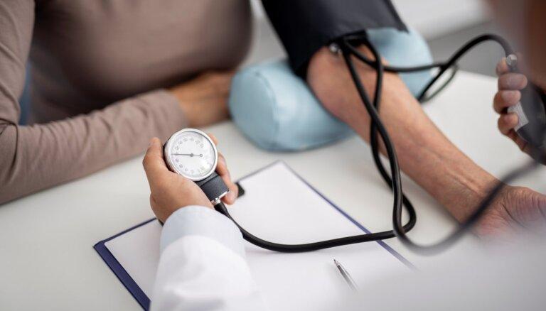 Astoņi veselībai bīstami mīti par paaugstinātu asinsspiedienu