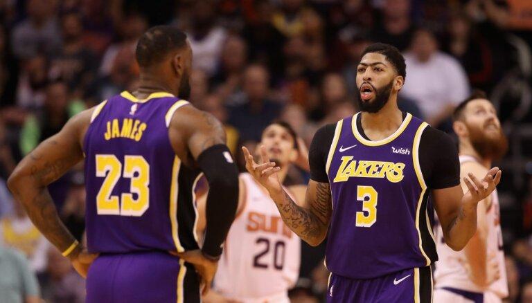 'Lakers' sasniegusi labāko sezonas sākumu kopš 2010. gada