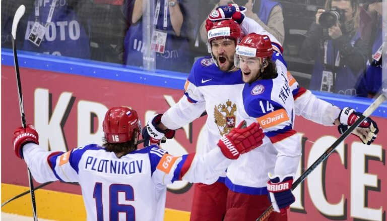 Krievija revanšējas amerikāņiem un atkal spēlēs PČ finālā