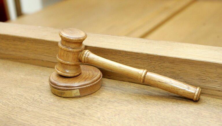 'Rēzeknes satiksme' no bijušā vadītāja Koršenkova tiesā vēlas piedzīt 144 000 eiro