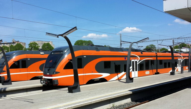 Igaunijas pasažieru vilcienu operatoram 'Elron' ievērojami pieaug zaudējumi