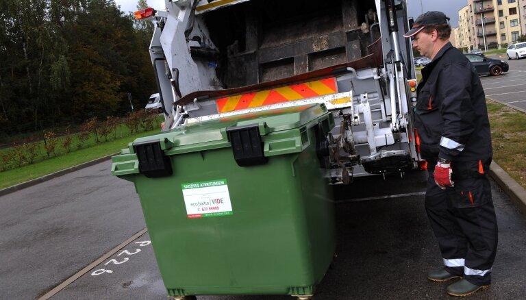 No šodienas Rīgā atkritumus izved pēc ārkārtas situācijas pagaidu plāna