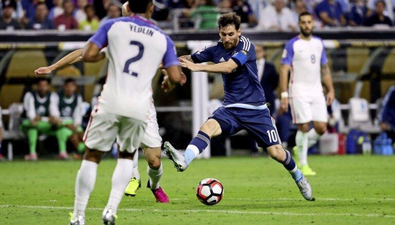 ВИДЕО: Шикарный гол Месси в ворота США делает его лучшим снайпером в истории Аргентины