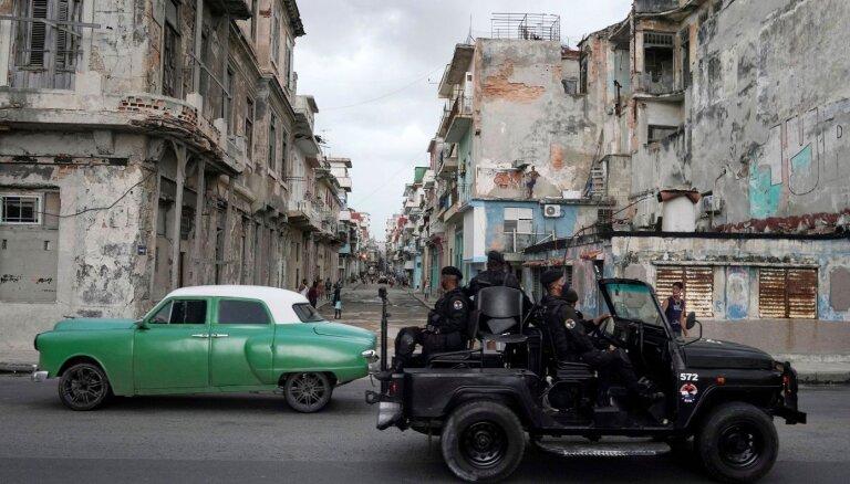 США вводят новые санкции против кубинских силовиков