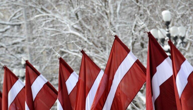 Godinās latviešu leģionāru piemiņu; oponenti piketēs pret 'nacisma glorifikāciju'