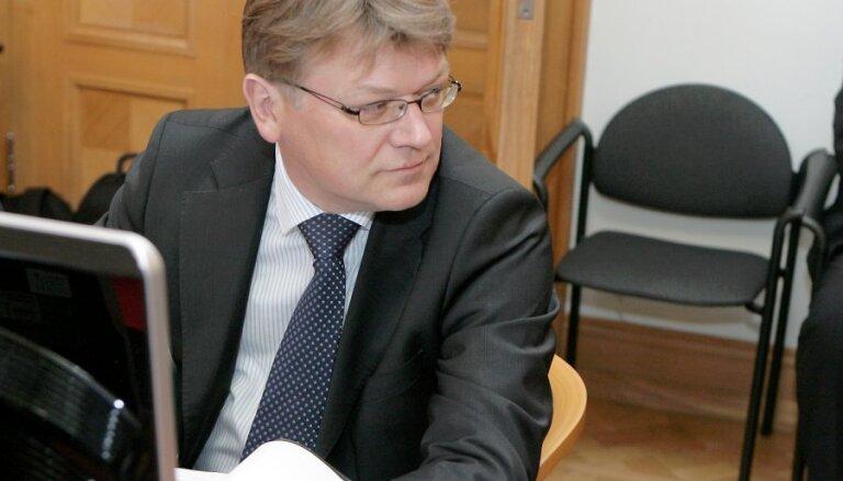 Štokenbergs aizdevis 1,1 miljonu eiro un 59 tūkstošus ASV dolāru
