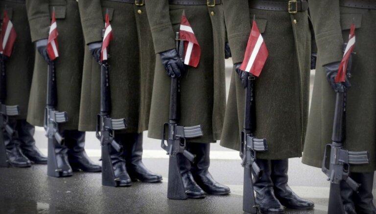 'Pienācis laiks saukt lietas īstajos vārdos.' Pensionēta pulkveža pārdomas par Latvijas armijas gadadienu