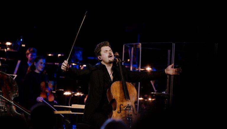 Foto: Ar 'Dagamba' un 'Sinfonietta Rīga' priekšnesumu Dzintaru koncertzāle noslēdz sezonu