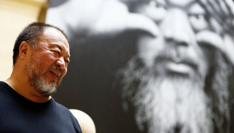 Slavenā Ai Veiveija darbs cenzēts no jaunās filmas 'Berlin, I Love You'