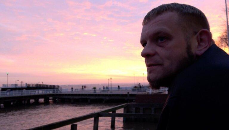Rīgā ar savu jaunāko filmu 'Ziemeļnieka dvēsele' viesosies Šons Makalisters