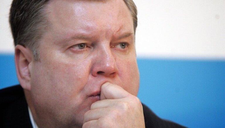 Урбанович: согласие, как цветок папоротника, нельзя найти в одиночку
