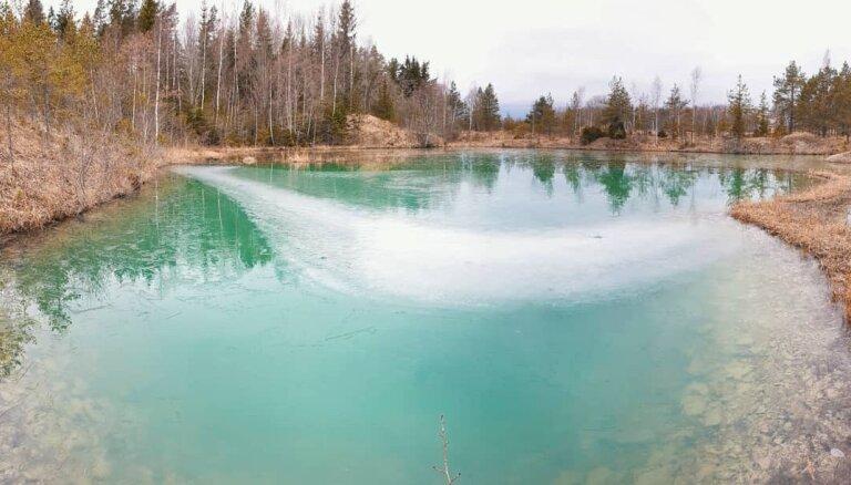 Trīs vietas Latvijā, kur lūkot netipiski zilu vai zaļganu ūdeni