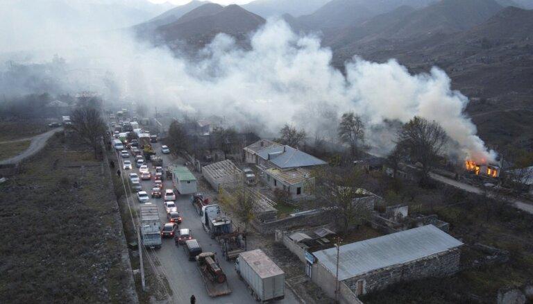 Kalnu Karabahā mīnas sprādzienā ievainots Krievijas miera uzturētājs
