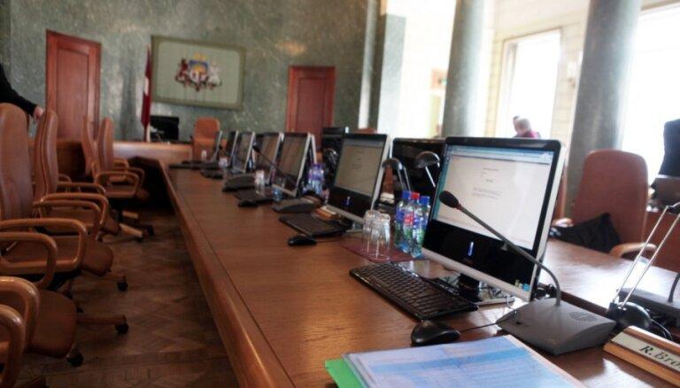 Kompensācijās bijušajiem ministriem un konsultantiem izmaksās 33 402 eiro