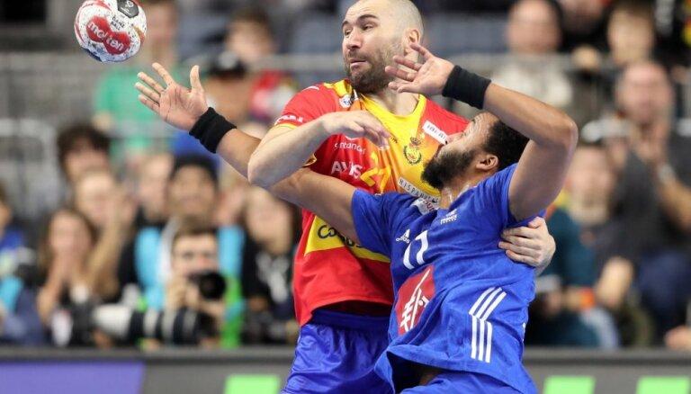 Francijas handbolisti sestdien PČ mačā Vācijā uzvar Spāniju