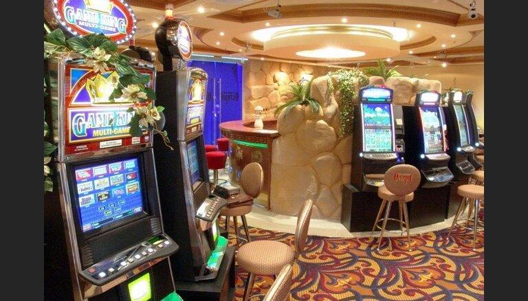 Газета: в Латвии началась политическая борьба за бизнес на азартных играх
