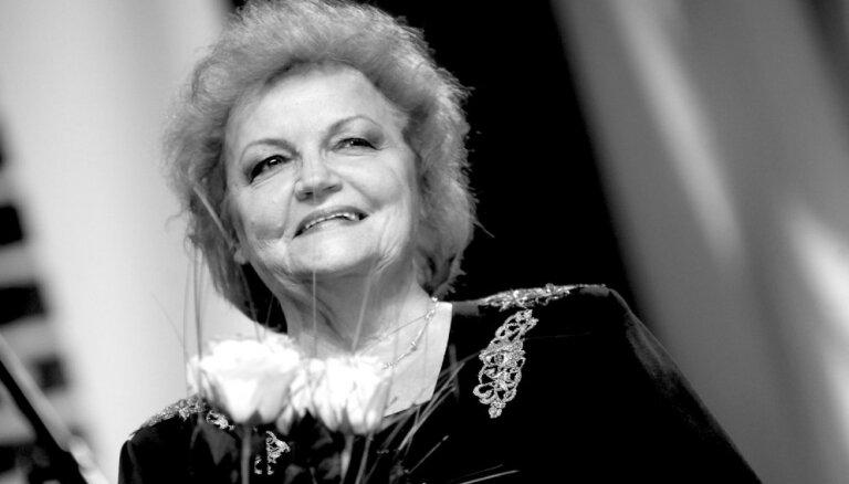 Mūžībā devusies estrādes dziedātāja Māra Krievkalne