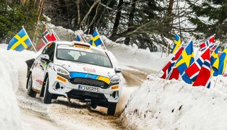 Sesks WRC debijā ieņem sesto vietu Zviedrijas rallija junioru klasē