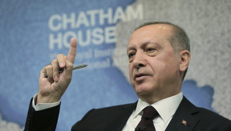 Erdogans: ASV vairs nebūs vidutājs Tuvajos Austrumos