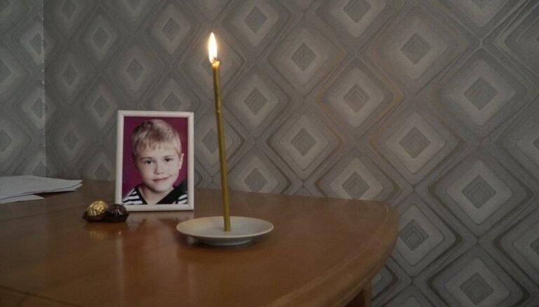 Дело о самоубийстве 10-летнего Саши: семье предполагаемого обидчика поступают угрозы
