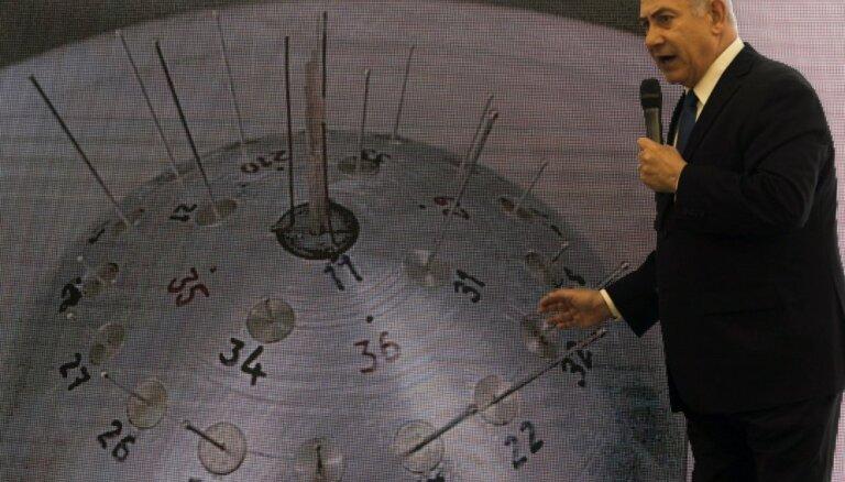 Izraēla prezentē slepenus dokumentus: Irāna melojusi par kodolprogrammu, apgalvo Netanjahu