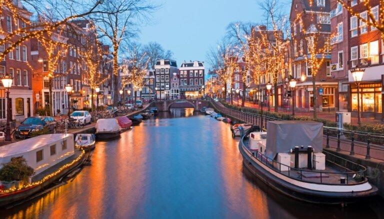 В Амстердаме ввели новый налог для туристов, бронирование через Airbnb обойдется дороже