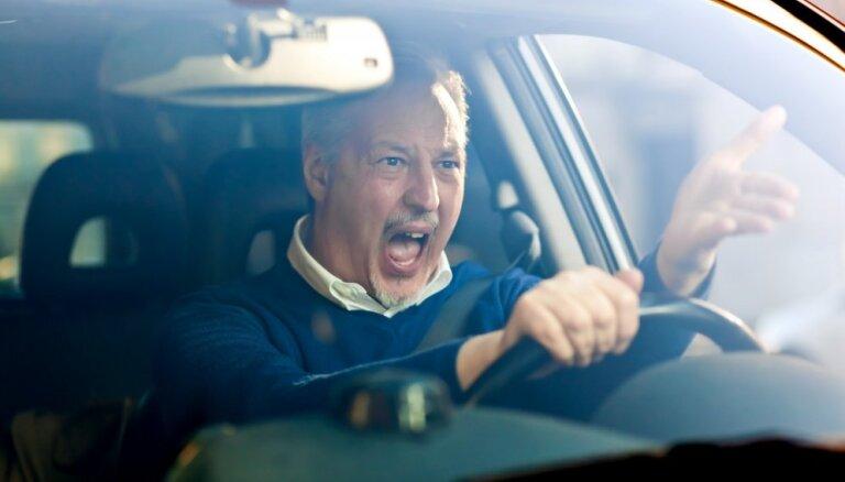 Какие налоги и сборы платят водители за автомобили в Латвии и Эстонии