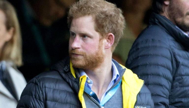 Источник сообщил, что сподвигло принца Гарри дать интервью Опре