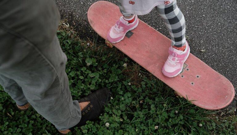 Deviņas lietas tēvu rīcībā, kas ik dienas jāredz meitām