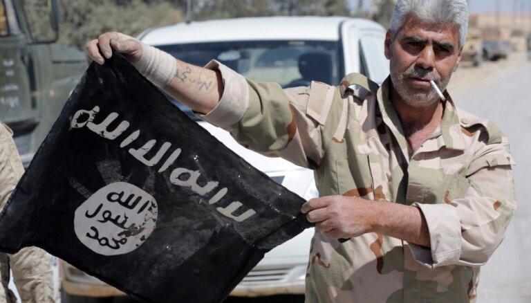 Krievijas ieguldījums cīņā pret 'Daesh' ir 'nulle', uzskata Pentagona šefs